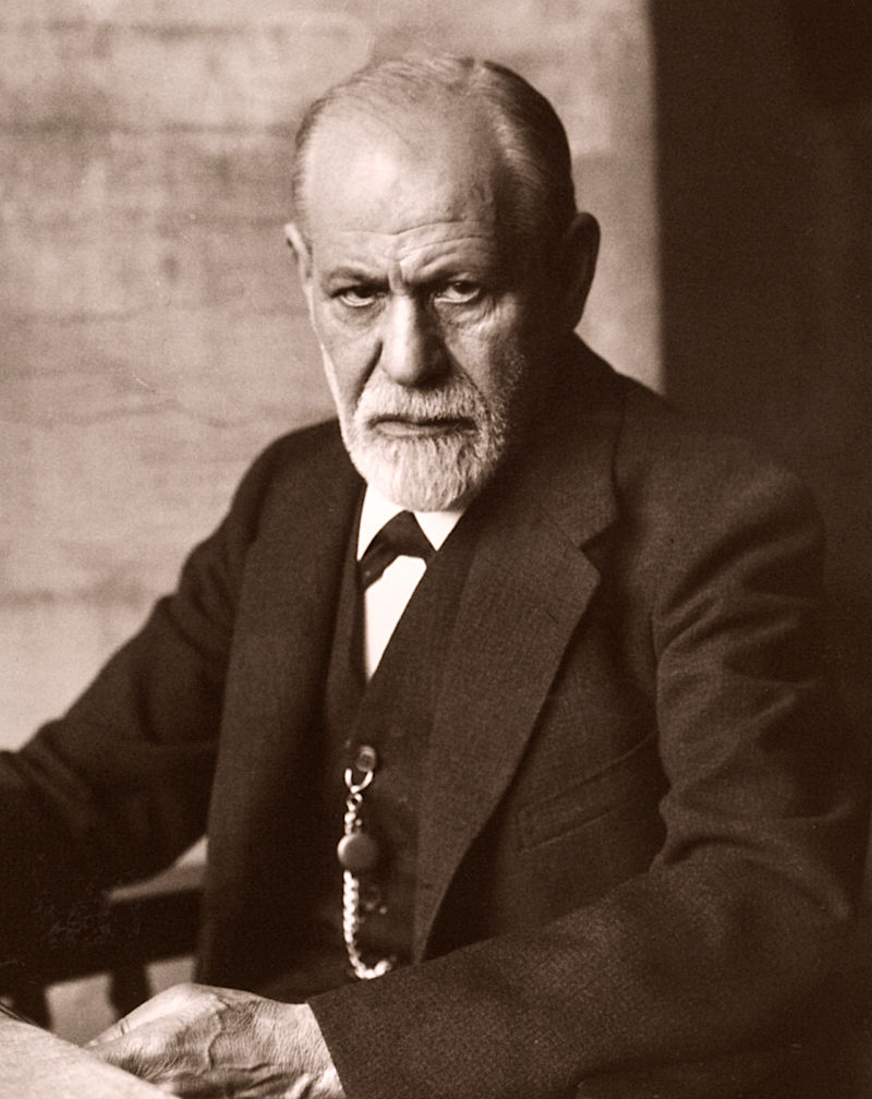 A serious Sigmund Freud posing for the photograph